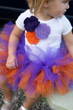Clemson Tigers Felt Flower Onesie, Amber and Steven's future baby will have to have a tutu like this! Clemson Football, Clemson Tigers, Football Season, Little Ones, Little Girls, Future Baby, Future Daughter, Football Outfits, Tutu Outfits