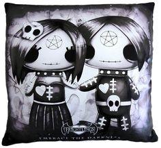Frightlings Ebony and Eli Cushion Embrace the Darkness - 24,41e