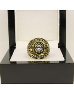1949 New York Yankees MLB World Series Baseball Championship Ring