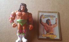 "VINTAGE 1990 WWF  ULTIMATE WARRIOR 4"" WRESTLING  FIGURE W/ COLLECTORS CARD #Hasbro"