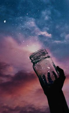 Jar of stars in the night VSCO wallpaper - Night Sky Wallpaper, Galaxy Wallpaper, Wallpaper Backgrounds, Wallpaper Pictures, Aesthetic Pastel Wallpaper, Aesthetic Wallpapers, Artistic Wallpaper, Illustration Inspiration, Beautiful Nature Wallpaper