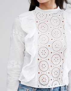 broderie ruffle top - Just DIY Modest Fashion, Fashion Outfits, Womens Fashion, Mode Hijab, White Outfits, Cotton Lace, Everyday Fashion, Blouse Designs, Dress To Impress