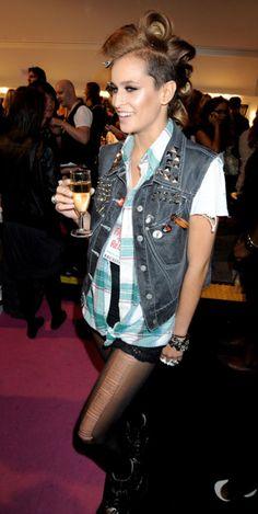 hair+denim vest+black tights  AND HER HAIR