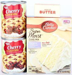 Easy Lemon Cheesecake Dump Cake Recipe! (4 Ingredients) - Never Ending Journeys Lemon Dump Cake Recipe, Spice Dump Cake Recipe, Dump Cake Recipes, Apple Cake Recipes, Cobbler Recipe, Pretzel Desserts, Cherry Desserts, Lemon Desserts, Blueberry Dump Cakes