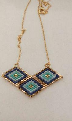 Seed Bead Jewelry, Bead Jewellery, Seed Bead Earrings, Jewelry Making Beads, Beaded Jewelry, Loom Beading, Beading Patterns, Brick Stitch Earrings, Diy Jewelry Inspiration