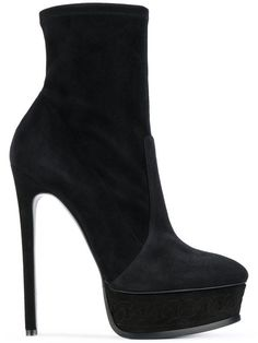 CASADEI platform ankle boots. #casadei #shoes #boots