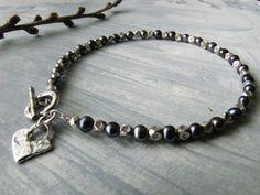 Peacock Pearls n Silver Bracelet