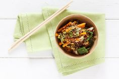 REISHUNGER Wokgemüse mit rotem Reis. #reishunger #roterreis #wok #gemüse