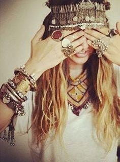 ➳➳➳☮American Hippie Bohemian Boho Bohéme Feathers Gypsy Spirit Bizu Baroque Tati Tati Style - Jewelry. An easy swaggerchamp classic!