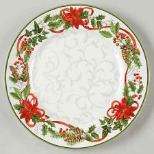 222 Fifth HOLIDAY FESTIVITIES Dinner Plate 8690076