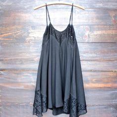 shop hearts boho Flower child flowy dress | black