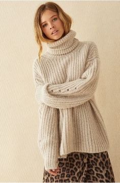 Vogue Knitting, Thick Sweaters, Cozy Sweaters, Bash, Mode Simple, Beige, Pullover, Cute Fashion, Women's Fashion