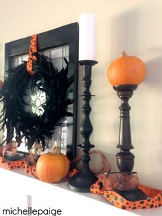 michelle paige: Simple Halloween Mantel