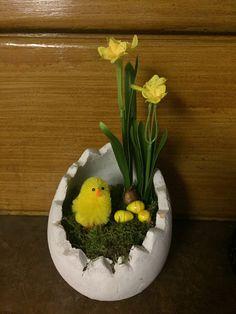 Easter Crafts, Easter Ideas, Easter Parade, Tablescapes, Floral Arrangements, Floral Design, Seasons, Holiday Decorations, Spring