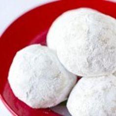 Snowball Cookies Recipe - Brown Eyed Baker & ZipList