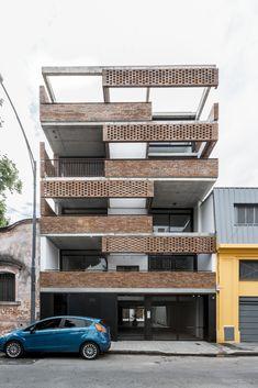 Building Skin, Brick Building, Building Design, Brick Architecture, Residential Architecture, Portfolio Architect, Building Elevation, Brickwork, Small Apartments