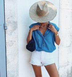 "Laura 🦂 on Instagram: ""D e n i m ✔️ Belle semaine à vous 🌵"" Summer Dress Outfits, Denim Button Down, Classic Elegance, Linen Dresses, Mode Inspiration, Passion For Fashion, White Shorts, Fashion Outfits, Elegant"