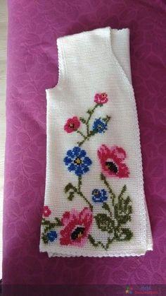 Ideas crochet jacket free pattern buttons for 2019 Baby Knitting Patterns, Crochet Patterns, Crochet Jacket, Crochet Blouse, Knit Dress, Tunisian Crochet, Filet Crochet, Diy Crafts Crochet, Crochet Projects