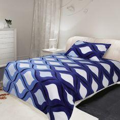 Mikroplyšové povlečení Microdream – 70×90 + 140×200 – Eden modrá Pohodlné Mikroplyšové povlečení Microdream – 70×90 + 140×200 – Eden modrá levně.Exkluzivní mikroplyšové povlečení. Pro více informací a detailní popis tohoto povlečení přejděte na stránky … Comforters, Blanket, Bedding, Furniture, Home Decor, Creature Comforts, Quilts, Decoration Home, Room Decor