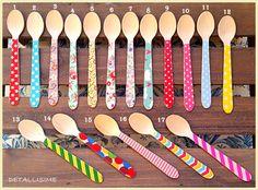 cucharitas de madera decoradas (11 cms) pedidos y catálogo: detallisime@yahoo.es
