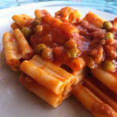 Buon #carnevale e buon appetito con i #maccheroni a 5 buchi!!! Da #ricettelastminute   #food #italia #italy #catania #sicilia #sicily