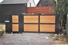 portail bois et métal