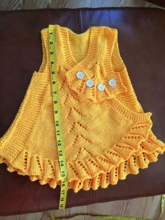Best 12 yun organ world examples baby vest models … Kids Knitting Patterns, Knitting For Kids, Baby Knitting, Crochet Baby, Woolen Sweater Design, Pullover Design, Knit Baby Dress, Baby Pullover, Designer Kids Clothes