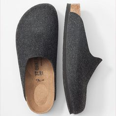Birkenstock® Amsterdam clogs clogs outfit fall Women's apparel, accessories, and footwear from J. Clogs Outfit, Clogs Shoes, Sock Shoes, Shoe Boots, Fashion Shoes, Mens Fashion, Sneaker Boots, Style Vintage, Mode Inspiration