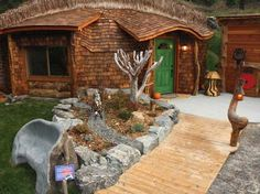 pictures of manufactured stone houses   Here is the Hobbit House from the front. Rest yourself on the stone ...