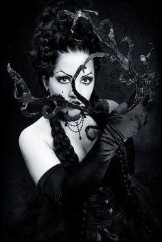 Dark Gothic Photo Gallery   Gothic girls gallery - Dark art pictures