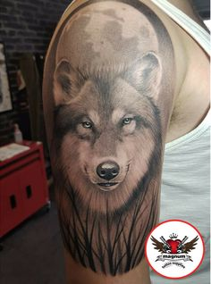 Alan Hindes Tatt House did this incredible wolf tattoo created with #magnumtattoosupplies