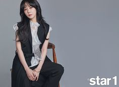 """Jang Nara spoke to the February issue of about her latest drama """"Go Back Couple"""", check it out! We can't see a single pore on her face but she also mentioned that during fi… Asian Actors, Korean Actresses, Jang Nara, Yoo In Na, Jun Ji Hyun, Singing Career, Acting Skills, Song Hye Kyo, Korean Celebrities"""