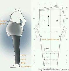 pants pattern for pregnant women – Women Fashion Ideas Maternity Patterns, Maternity Sewing, Maternity Pants, Maternity Wear, Maternity Fashion, Pregnancy Pants, Sewing Patterns Free, Clothing Patterns, Dress Patterns