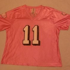 """San Francisco 49'ers #11 Alex Smith Pink Jersey San Francisco 49'ERS #11 Alex Smith Pink Jersey Size XL But Please See Measurements: Pit To Pit 23"""" Length 25.5"""" Sleeves 9.25"""" Worn Once! Reasonable Offers Considered! NFL Players Tops Tees - Short Sleeve"""