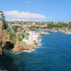 Antalya Reiseführer mit allen Infos zum Urlaub in Antalya auf einem Blick! Tipps zu Hotel, Sehenswürdigkeiten, Flug und Strand findest Du jetzt hier..