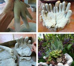 comment réaliser un pot à fleurs décoratif en béton et gants de latex