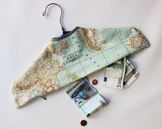 Free pattern: Secret pocket travel hanger cover