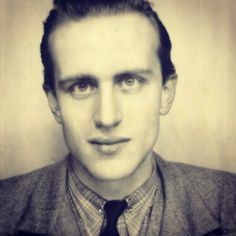 Boris Vian Jean Ferrat, Charles Trenet, Boris Vian, Jean Gabin, Jean Paul Sartre, Ugly Faces, Writers And Poets, Important People, Jolie Photo