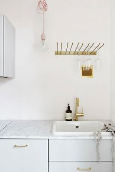 kitchen makeover inspiration.