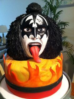 happy birthday kiss cakes