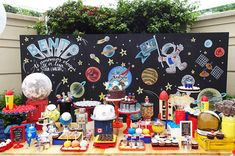 Way more sugar than I would do, but it looks awesome! Love the back drop. Nasa Party, Ideas Decoracion Cumpleaños, Space Baby Shower, Astronaut Party, Outer Space Party, Mickey Birthday, Space Theme, First Birthday Parties, Party Time