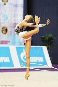 Maria Titova rhythmic gymnastics