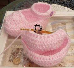 Crochet Baby Slippers - Chart ❥ 4U // hf