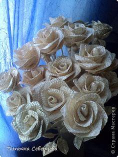 Поделка изделие 8 марта Плетение Цветы Соломка