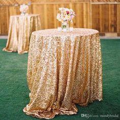 30 Grown-Up Ways to Use Glitter At Your Wedding gold glitter hochzeit tischdecke ideen / www. Sequin Wedding, Glitter Wedding, Mod Wedding, Wedding Table, Wedding Reception, Rustic Wedding, Bridal Table, Wedding Venues, Wedding Unique