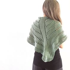 Ravelry: Estate Romana pattern by Emma Fassio Knitted Shawls, Estate, Crochet Top, Knitting Patterns, Pullover, Ravelry, Sweaters, Tops, Women