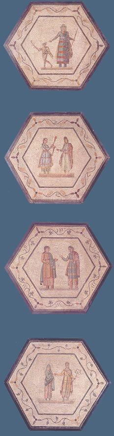 """Mosaicos con escenas teatrales """"A la primitiva pieza musiva pertenecen veinticuatro paneles hexagonales con escenas teatrales, ocho trapezoidales con máscaras y, además, otros setenta y dos rectangulares con marcos en forma de acanto y flores."""" Información tomada de Almendron."""