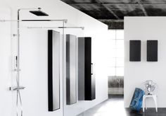 Takdusch som matchar duschväggarna i ARC-serien från INR. Bathroom Medicine Cabinet, Arcade, Mirror, Furniture, Home Decor, Decoration Home, Room Decor, Mirrors, Home Furnishings