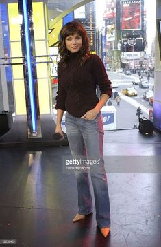 Actress Tiffani Thiessen appears on MTV's 'TRL' at the MTV Times Square Studios February 11, 2003 in New York City.
