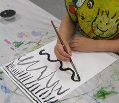 Cassie Stephens: In the Art Room: A Unit on Line for Kindergarten Painting lines Kindergarten Art Activities, Preschool Art, Preschool Plans, Kindergarden Art, Elements Of Art Line, Montessori Art, Cassie Stephens, Art Lessons Elementary, Art Classroom
